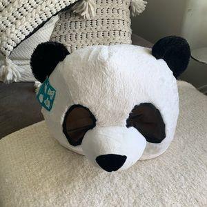 NWT-panda head  for Halloween